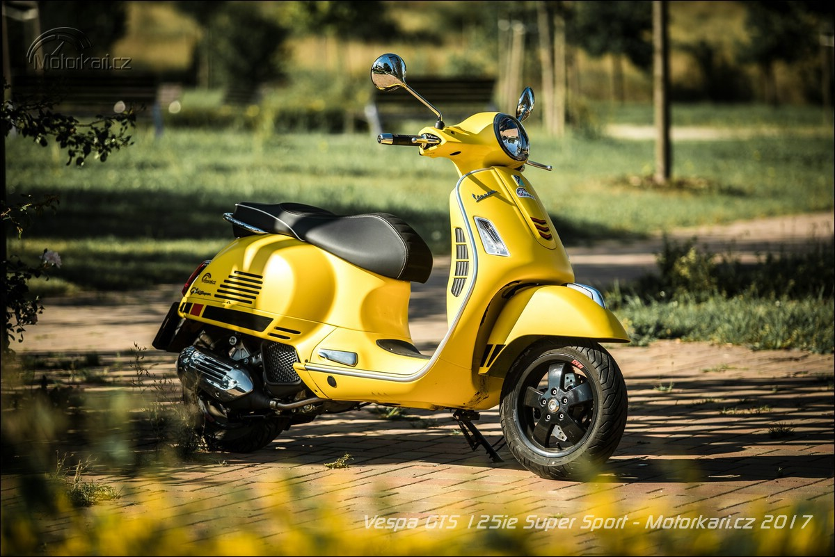 vespa gts 125ie super sport vs primavera 125ie 3v touring. Black Bedroom Furniture Sets. Home Design Ideas