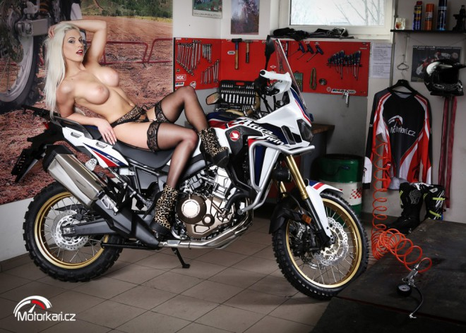 Honda CRF1000L Africa Twin a Blanche