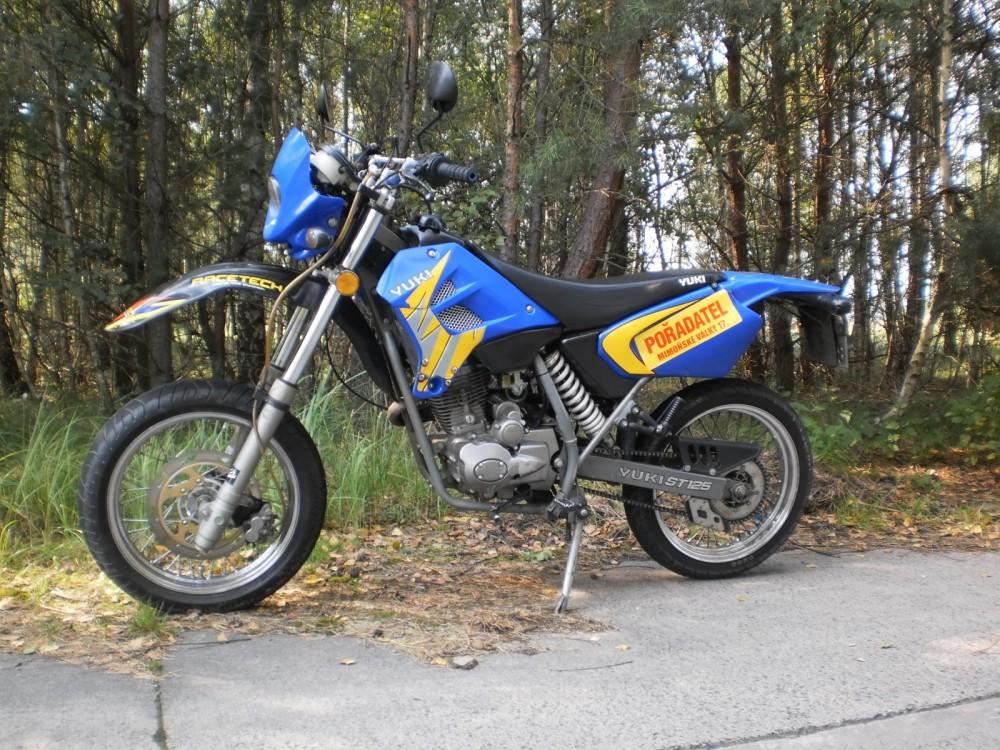 Yuki SM 125 | Katalog motocyklů a motokatalog na Motorkáři cz