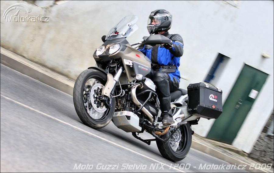 randění s motokrosovým jezdcem seznamka s Syrakusy