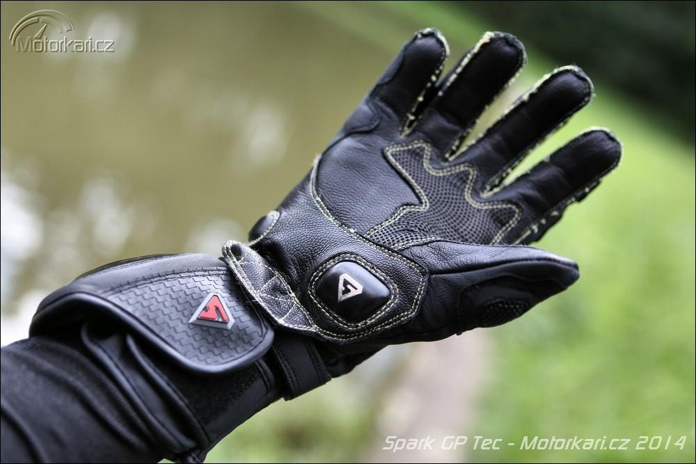 dfaa62a24b0 Textilní komplet Spark GT Turismo a rukavice Spark GP Tec