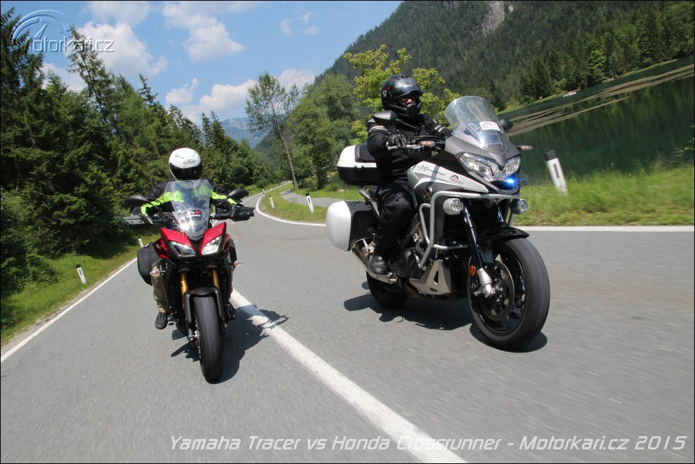 Yamaha Mt 09 Tracer Vs Honda Vfr800x Crossrunner Motorkářicz