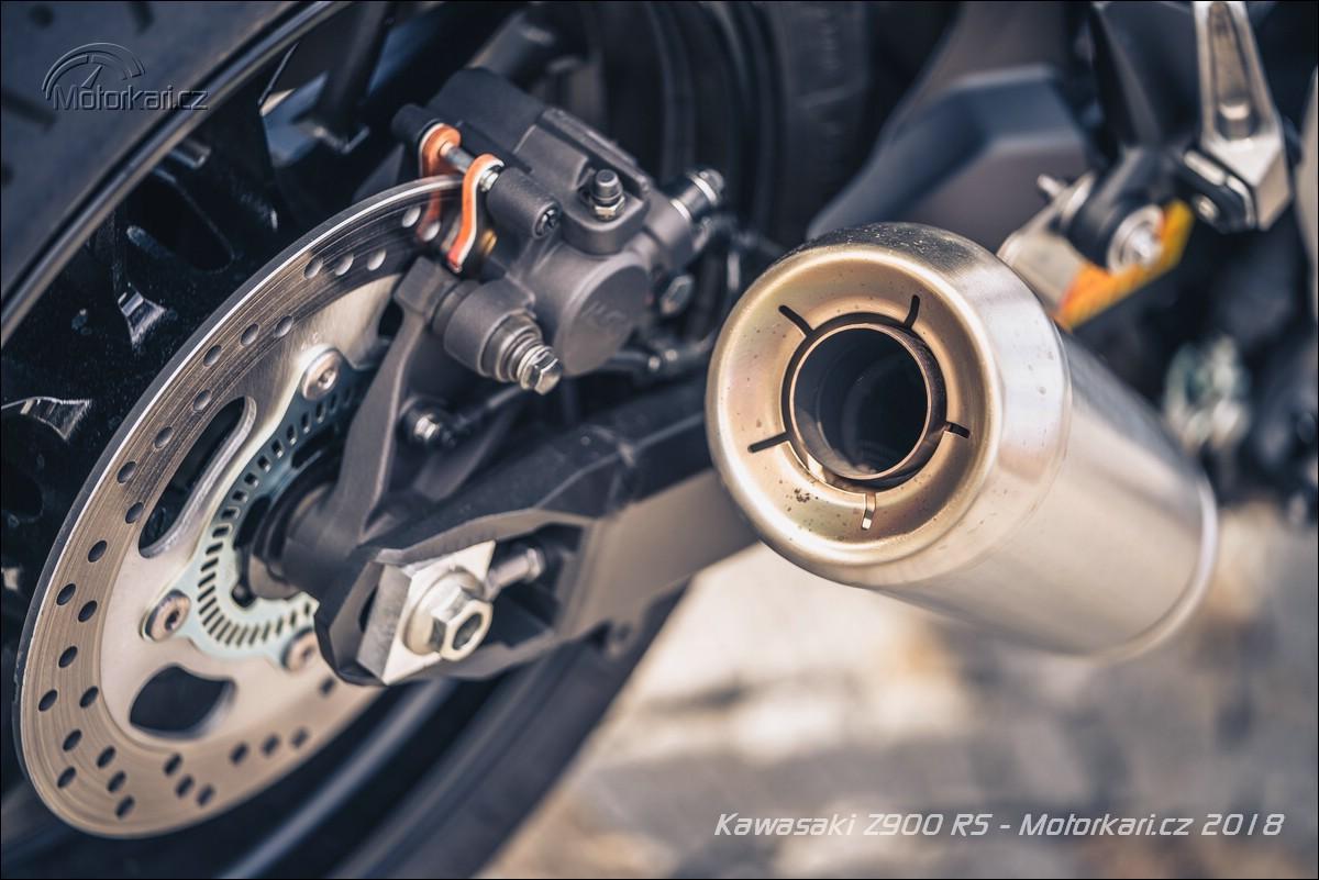 Kawasaki Z900RS  Zpátky ke kořenům  c93b2f037f